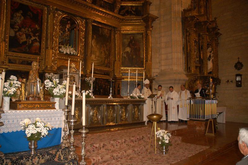 El Alhama-Linares despide en Cervera a la Virgen de Valvanera