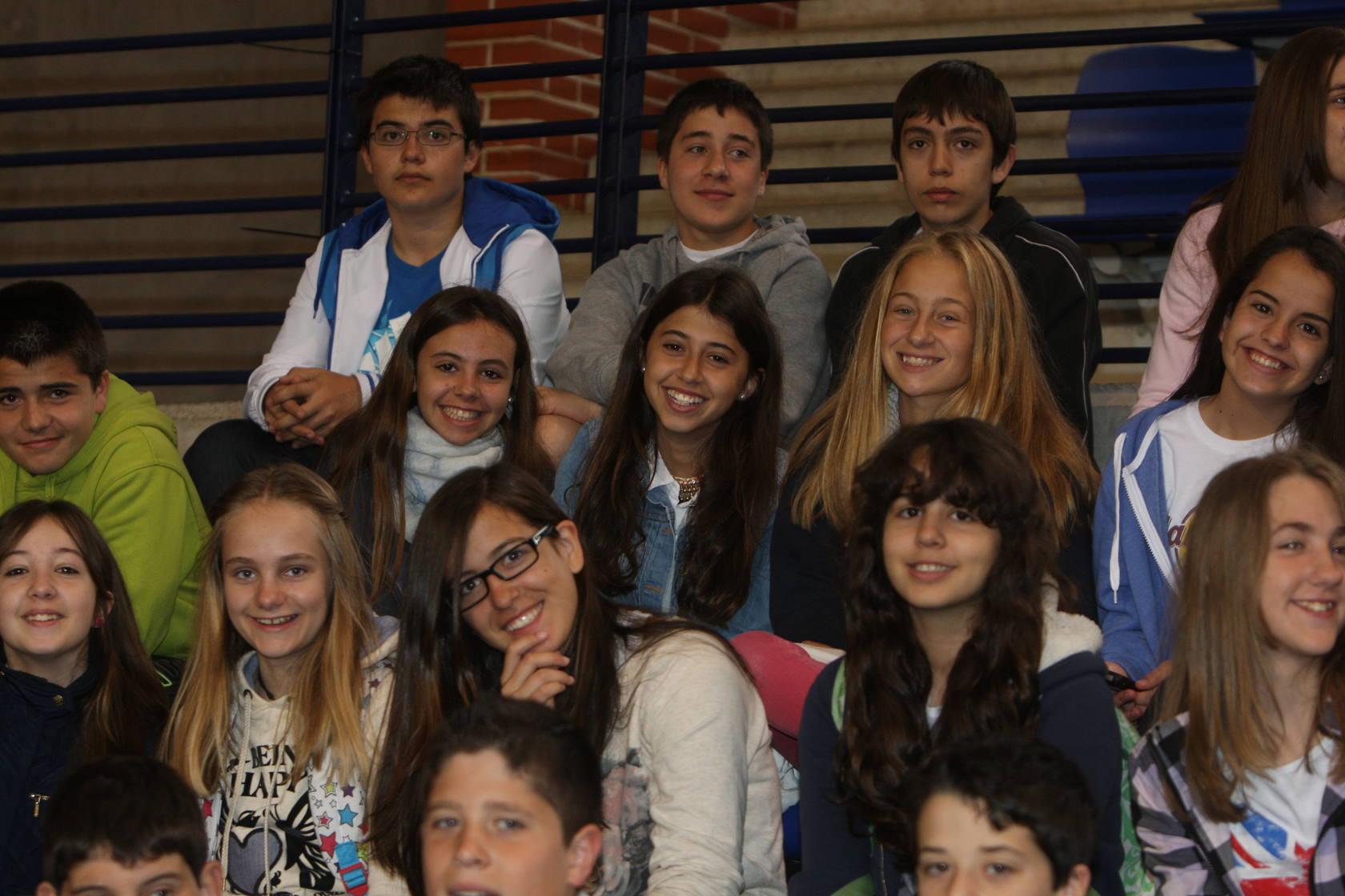 España Sub' 20 /Jornada de puertas abiertas para colegios