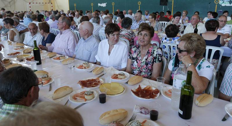 Los mayores de Lardero celebran las fiestas