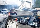 Trágico derrumbe de un puente en Minneapolis