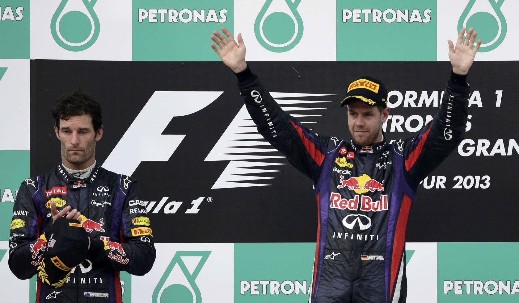 Vettel gana en Sepang en un duelo de Red Bull